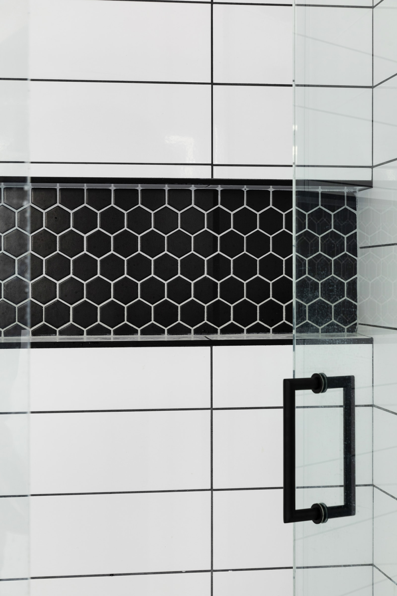 Black and white tile in bathroom inspiration